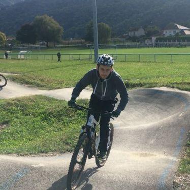 Ein Hoch auf den Unisport: Heute bin ich das erste Mal Mountainbike…