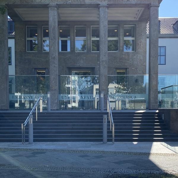 Das Gebäude der Konsularischen Abteilung der USA in Berlin.