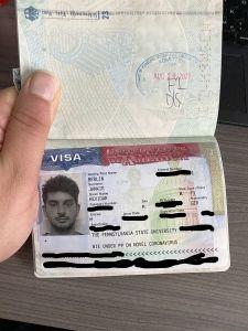 Zu sehen ist das Studentenvisum im Reisepass mit dem Stempelaufdruck den man an der Zoll-Kontrolle in den USA bekommt.