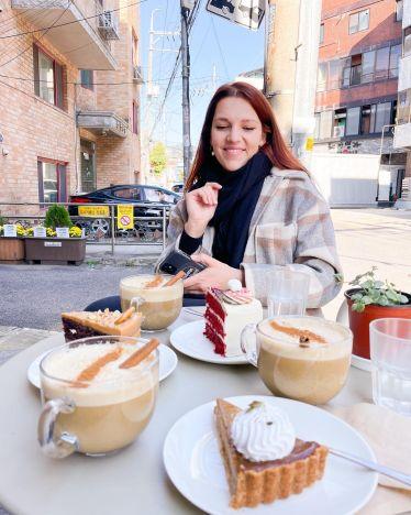 Jup, Kaffee und Kuchen again ✨🍰☕️ #korea #yeonnamdong #erlebees…